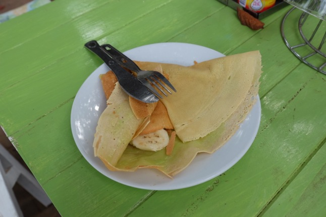Crepes with pandan custard and banana
