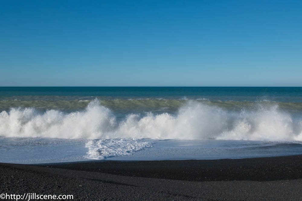 The mighty South Pacific, Napier foreshore