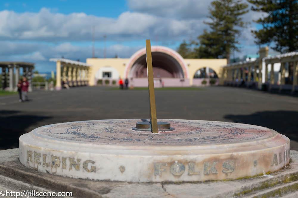 The Kirk Sundial, Napier http://jillscene.com